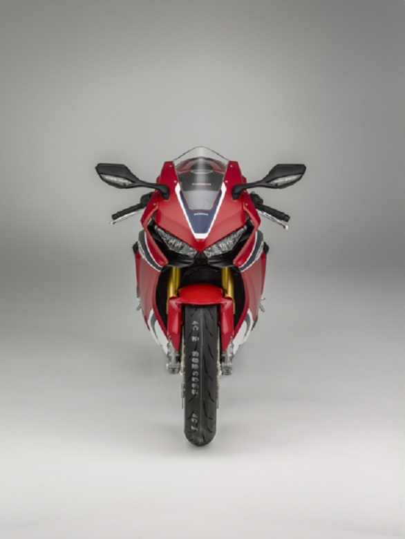 The Fireblade SP gets advanced Ohlins semi-active suspension and a quickshifter/autoblipper