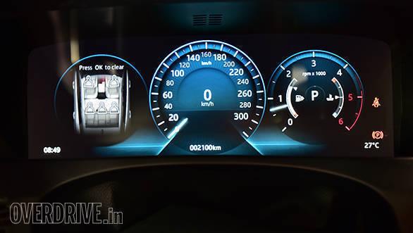 Jaguar F pace (4)