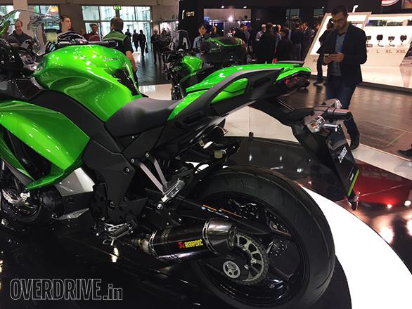 Kawasaki Ninja Z1000SX (1)