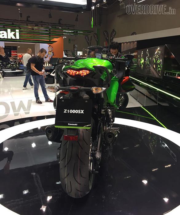 Kawasaki Ninja Z1000SX (8)