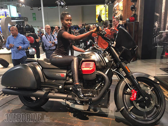 As with all Moto Guzzis, the MGX-12 too uses that transverse V-twin as the design element around which the whole motorcycle is built