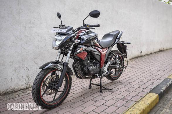 Suzuki Gixxer 150 vs Aprilia SR 150 (63)