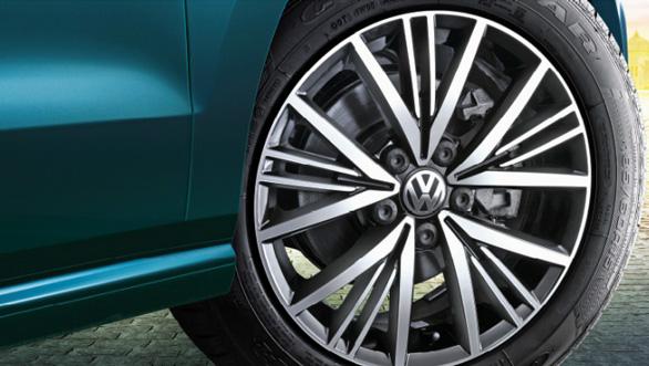 Volkswagen Polo AllStar (2)