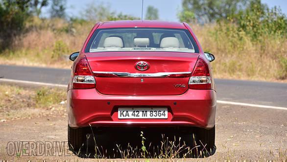 2016 Toyota Etios (13)