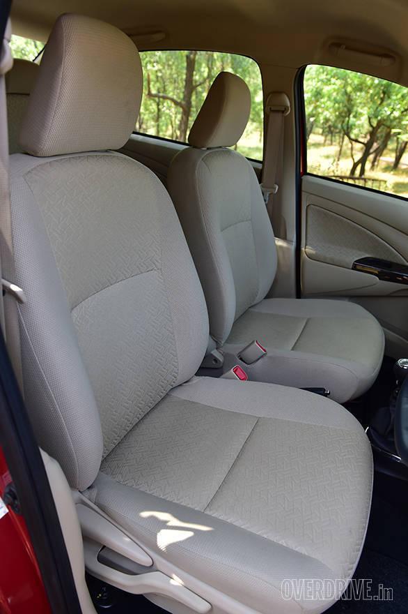 2016 Toyota Etios (20)
