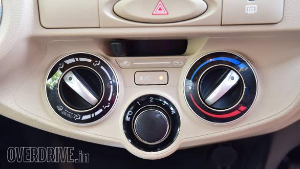 2016 Toyota Etios (22)