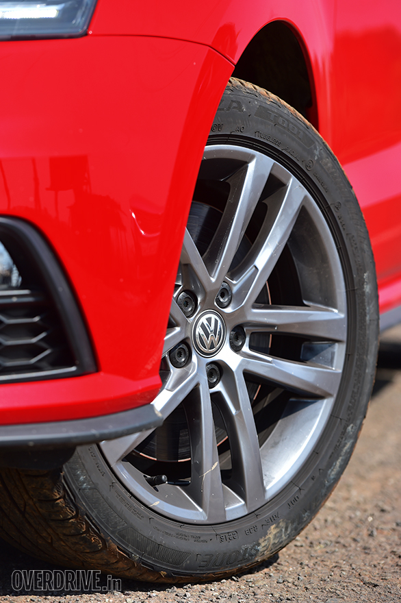 2017 VW Polo GTI (15)