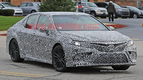 2018 Toyota Camry spotted testing (11)