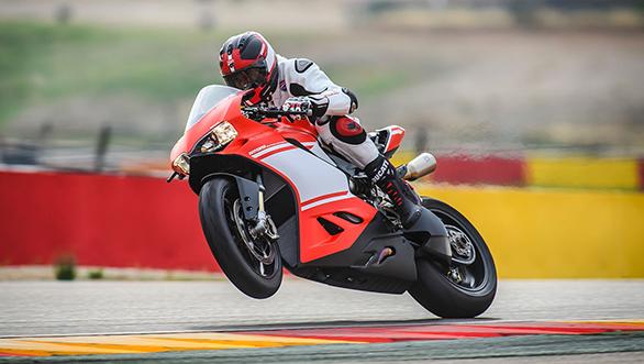 Ducati Panigale Superleggera (6)