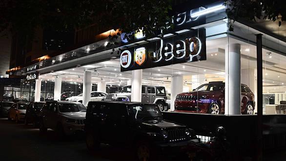 FCA Destination Store in Worli Mumbai (1)