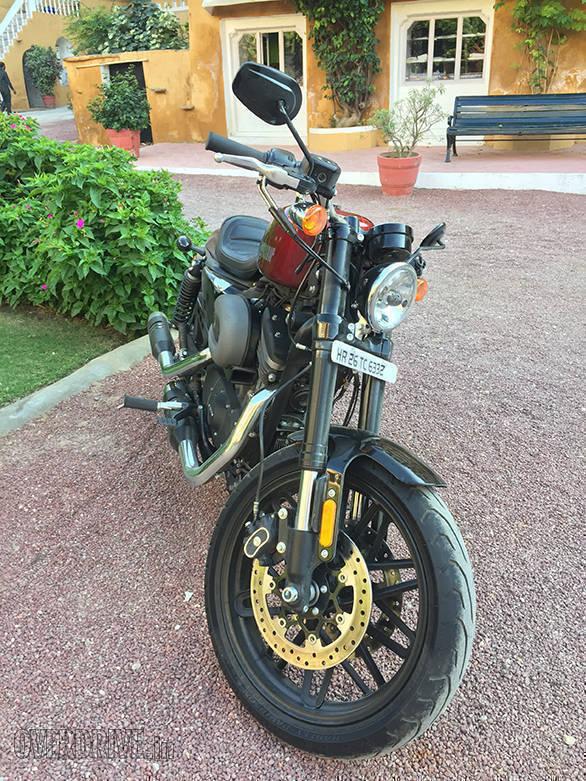 Harley Davidson - Roadster (4)