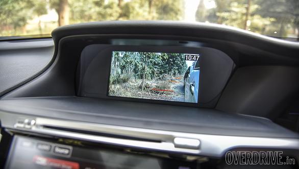 Honda Accord Hybrid vs Toyota Camry Hybrid (141)