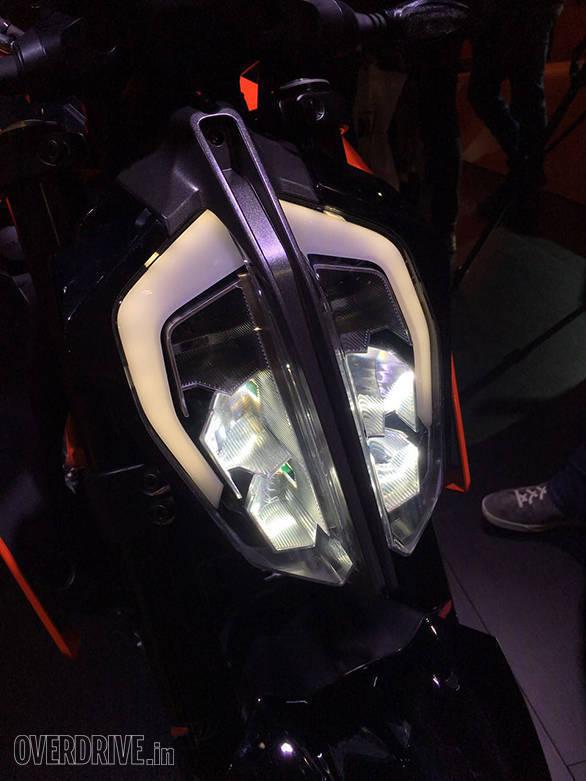 KTM 390 Duke 2017 (8)