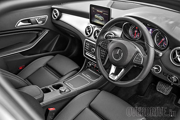 Mercedes Benz CLA (1)