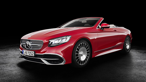Mercedes-Maybach S 650 Cabriolet  Studioaufnahme, offenes Verdeck; Kraftstoffverbrauch kombiniert: 12,0 l/100 km; CO2-Emissionen kombiniert: 272 g/km // Mercedes-Maybach S 650 Cabriolet studio shot, open soft top; Fuel consumption combined: 12,0 l/100 km; Combined CO2 emissions: 272 g/km