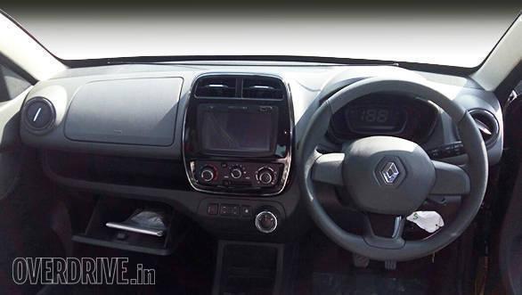 Renault Kwid AMT (4)