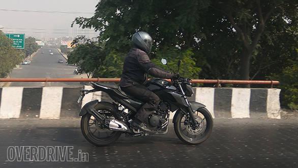 Yamaha FZ 250 (1)