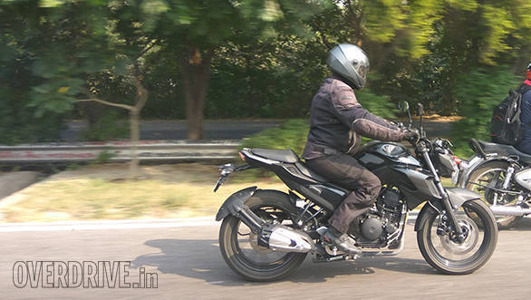 Spied: Upcoming Yamaha FZ 200/250 caught testing in India