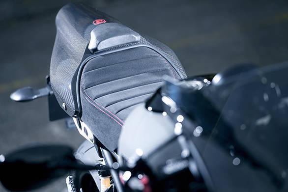 Yamaha XSR900 Abarth (12)