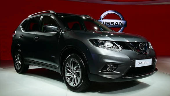 2016 Auto Expo Nissan X-TRAIL Hybrid - Video
