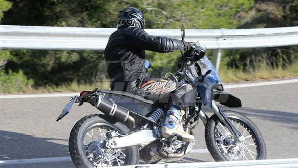 KTM 390 Adventure (1)