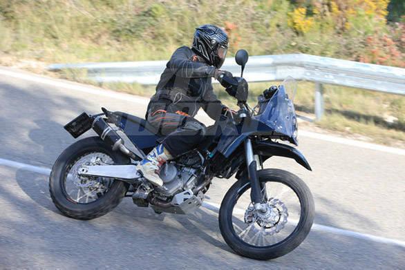 KTM 390 Adventure (3)