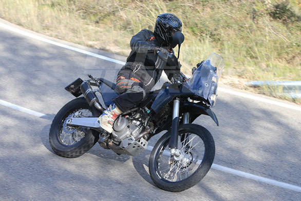 KTM 390 Adventure spy shots!