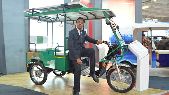 Lohia Auto showcases solar e-rickshaw Humrahi and electric three-wheeler Narain at EV Expo 2016
