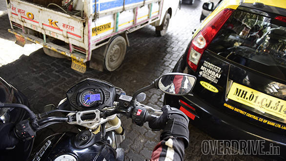 Mahindra Mojo Long Term (3)