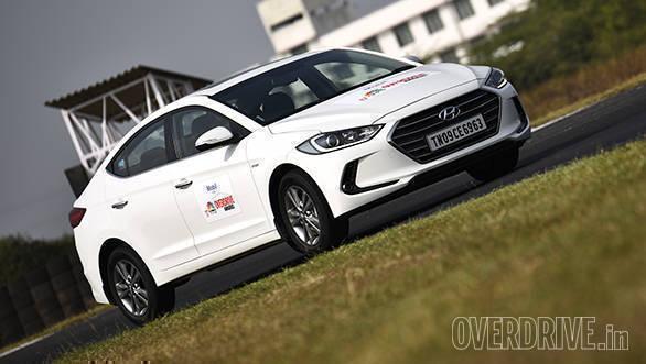 PREMIUM CAR OF THE YEAR - Hyundai Elantra