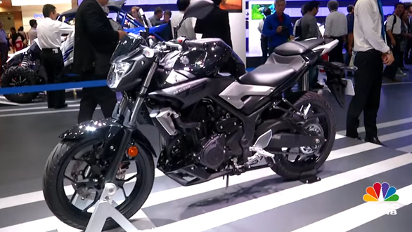 Yamaha MT-03, MotoBot and Sports Ride sportscar concept - Tokyo Motor Show 2015 - Video