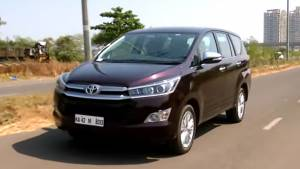 2016 Toyota Innova Crysta Petrol road test review - Video