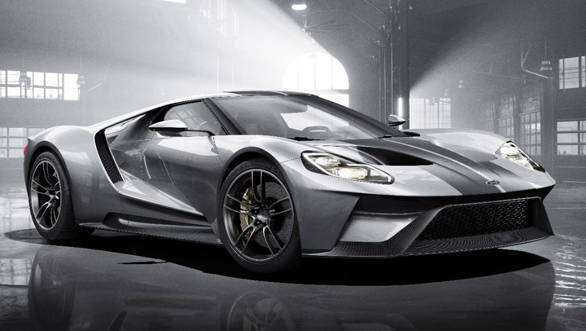 2017 Ford GT takes on the McLaren 675LT and Ferrari 458 Speciale