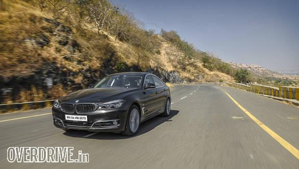 BMW 330i GT-23