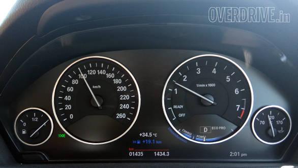 BMW 330i GT Insert (2)