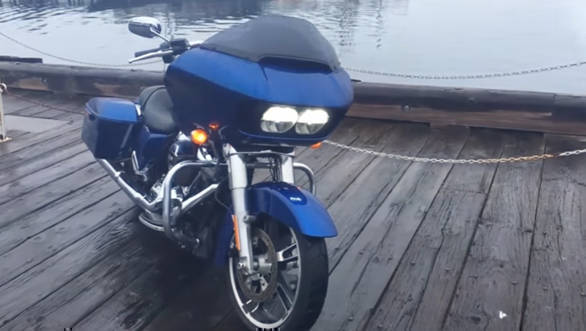 Harley-Davidson Road Glide first look - Video