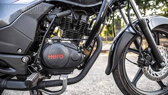Hero Achiever 150 vs Bajaj V15 vs Honda CB Unicorn (10)