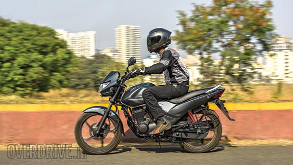 Hero Achiever 150 vs Bajaj V15 vs Honda CB Unicorn (6)