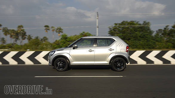 Maruti Suzuki Ignis (4)