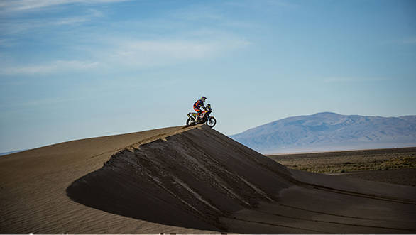 Toby Price (AUS) of Red Bull KTM Factory Team races during stage 04 of Rally Dakar 2017 from Jujuy, Argentina to Tupiza, Bolivia on January 05, 2017 // Marcelo Maragni/Red Bull Content Pool // P-20170105-01438 // Usage for editorial use only // Please go to www.redbullcontentpool.com for further information. //