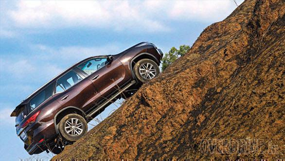 Toyota Fortuner 4X4 AT road test review