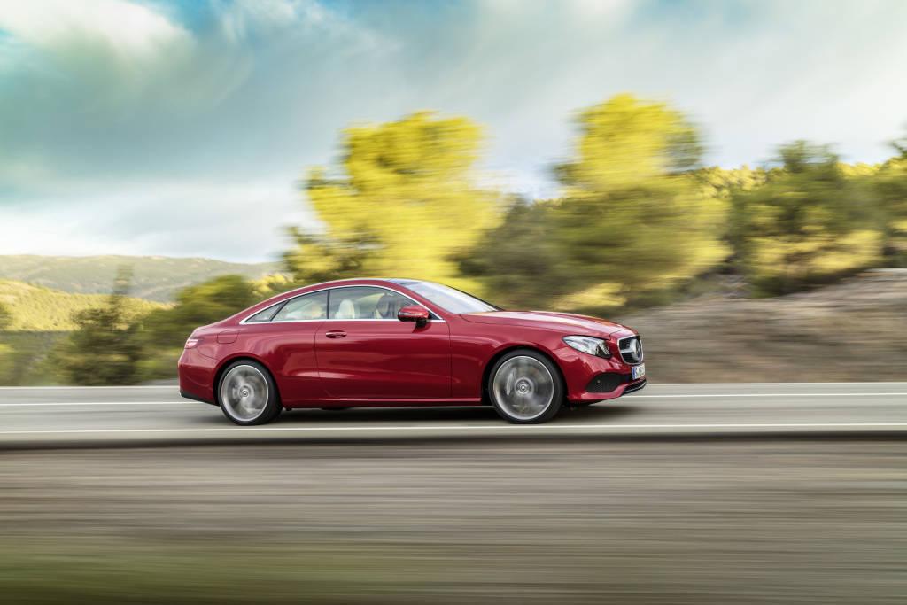 Mercedes-Benz E-Klasse Coup; 2016; Exterieur: designo hyazinthrot metallic, AVANTGARDE ; Mercedes-Benz E-Class Coup; 2016; exterior: designo hyacinth red metallic, AVANTGARDE;