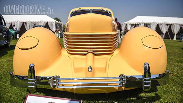 40-1936 Cord 810 owned by Viveck & Zita Goenka