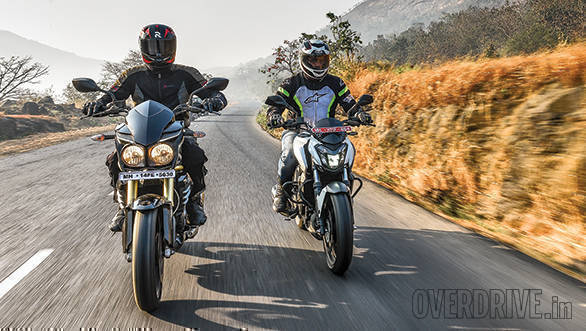 Comparison: Bajaj Dominar 400 ABS vs Mahindra Mojo