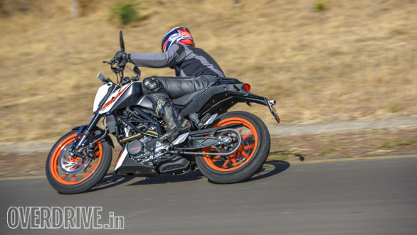 2017 KTM 200 Duke first ride review