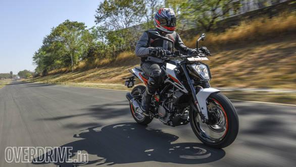 KTM Duke 250 2017 (105)