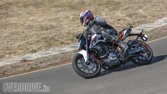 2017 KTM 250 Duke first ride review