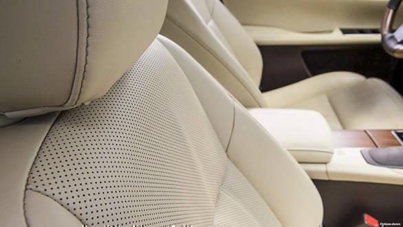 Lexus ES 300h (17)