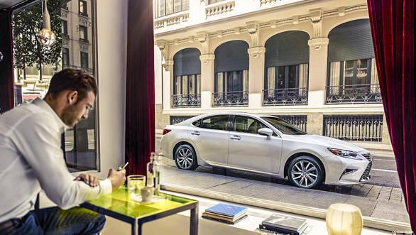 Lexus ES 300h (19)