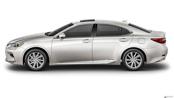 Lexus ES 300h (22)